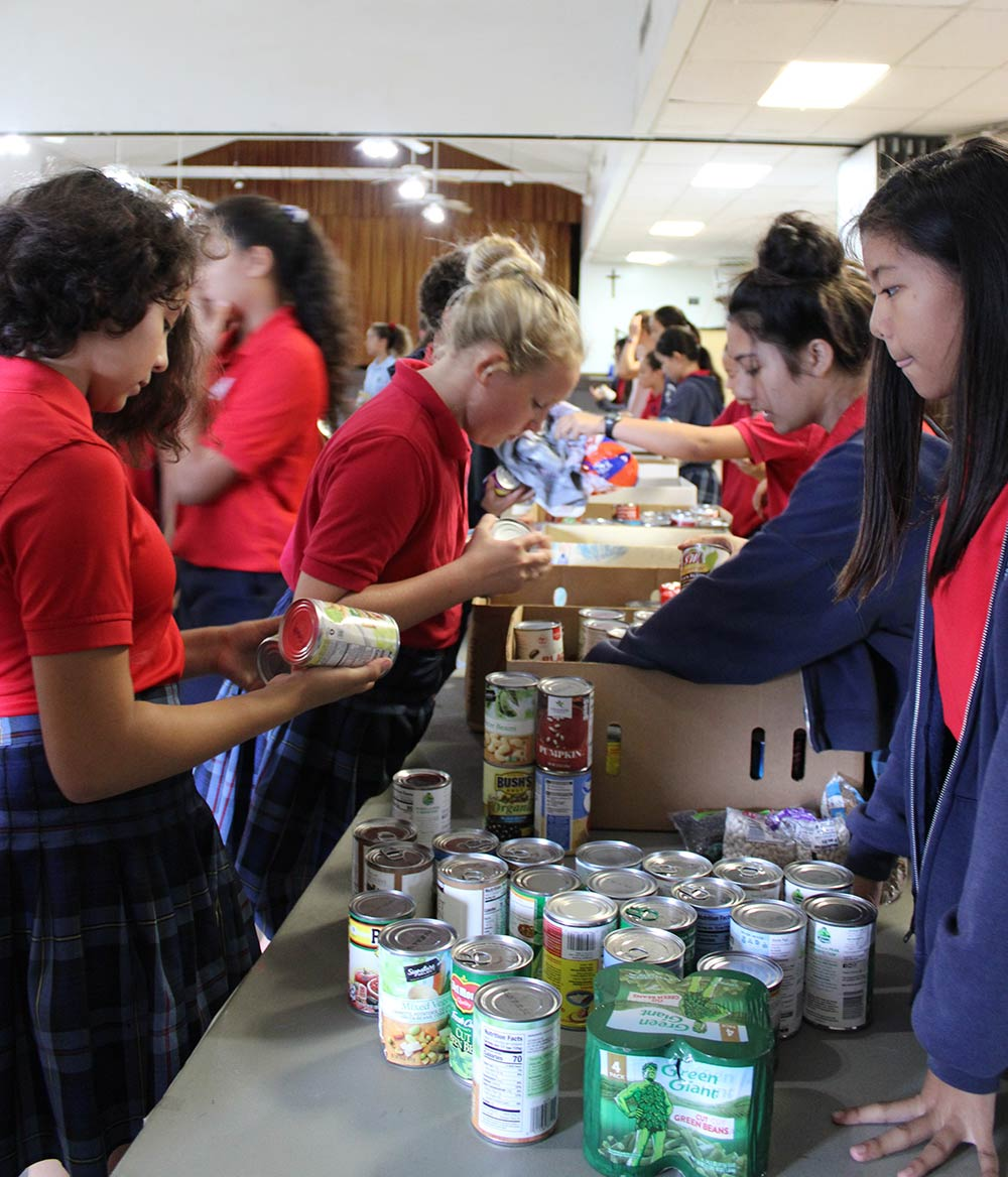 thanksgiving donation drive at st anthony school kailua